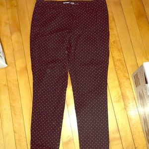 NWOT Old Navy black pixie pants w/ small dots